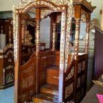 Mimbar Masjid Jati Ukiran Model Gapura