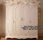 Lemari Pakaian Ukir 4 Pintu Klasik Putih